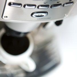 Kaffeemaschine richtig reinigen – Tipps