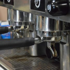 Kaffeevollautomaten für die Gastronomie: Worauf sollte man achten?